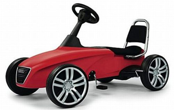 Selfridges Exclusive Audi Kids Sports Car &#8211; Great Kids Gifts for Christmas