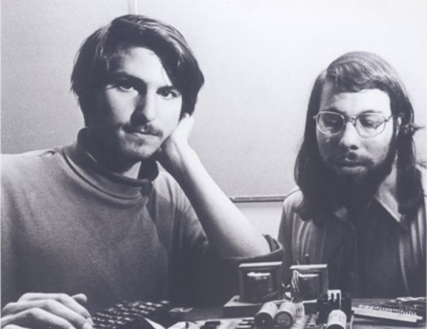 Steve Jobs and Steve Wozniak with the Apple-1 Computer in 1976