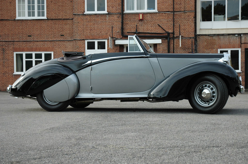Winston Churchills Daimler DB18 Drophead Coupe Will go on Auction on December 4th
