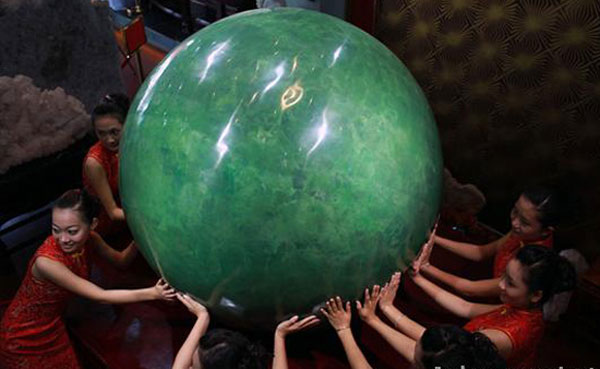 The World&#8217;s Biggest Pearl &#8211; Six-ton Chinese Pearl