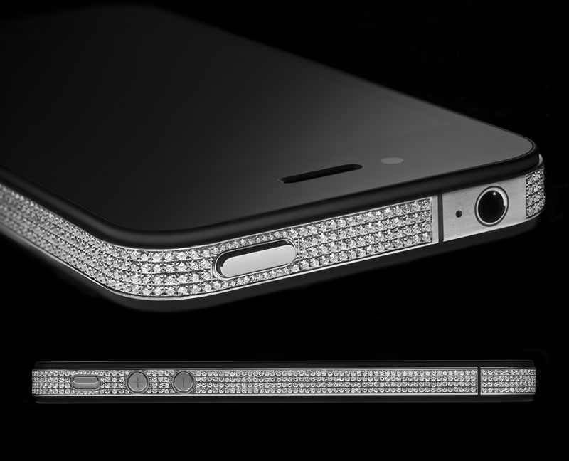 Alexander Amosu Unveil iPhone 4 Diamond Spider Edition