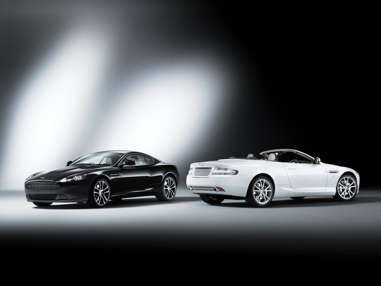 Aston Martin DB9 Carbon Black and DB9 Morning Frost