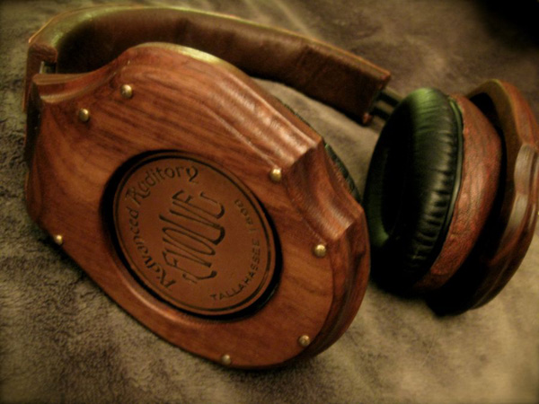 Thin Gypsy Thief's Steampunk Monster Beats Headphones