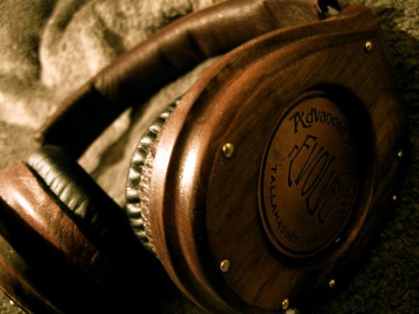 Thin Gypsy Thief's Steampunk Monster Beats Headphones