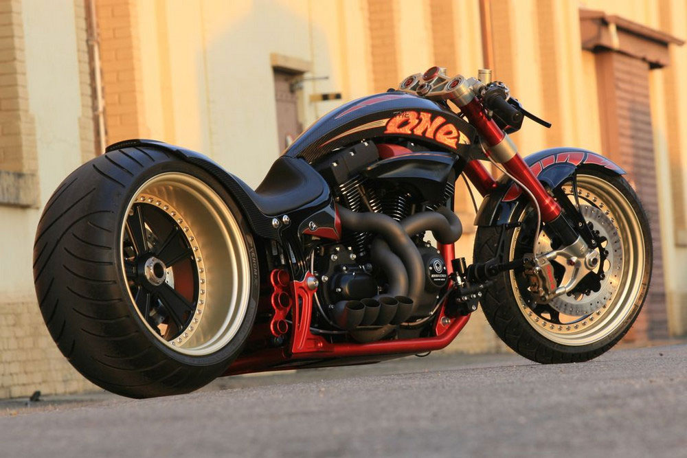 Custom Made Harley The ONE by Fat Attack AG