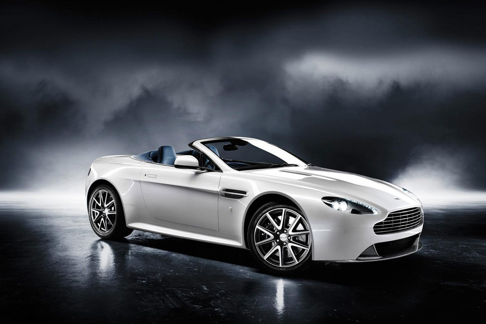 aston martin v8 vantage s a more potent edition of the v8 vantage coupe and convertible. Black Bedroom Furniture Sets. Home Design Ideas
