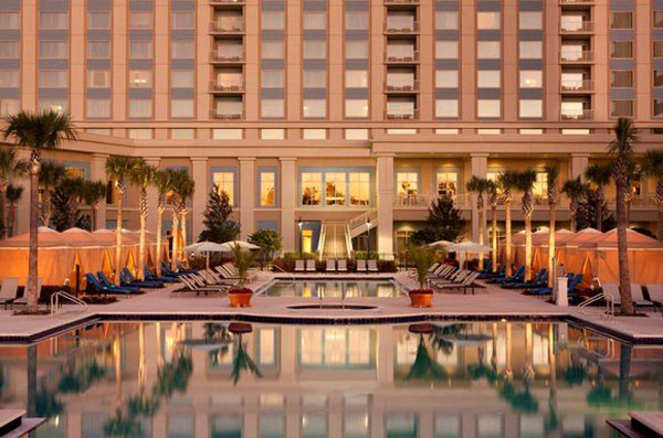 Chocolate,-Wine-and-Romance-Weekends-at-the-Waldorf-Astoria-Orlando-1