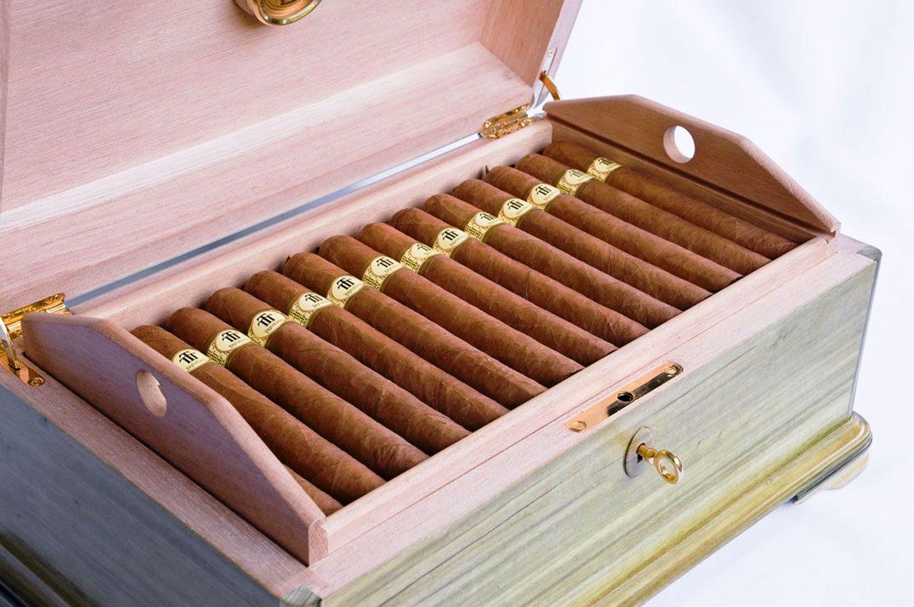 Limited-Edition-Trinidad-40th-Anniversary-Cigar-Humidor-1