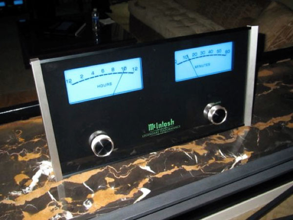 McIntosh-MCLK12-Wall-Clock