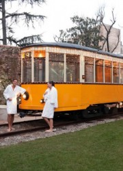 World`s First Tram Sauna – Relaxation On The Tram Rails