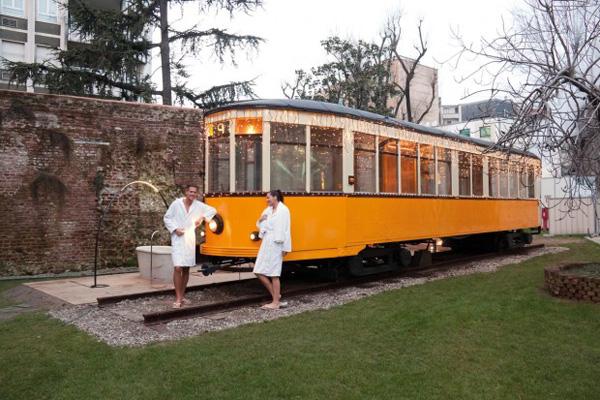 World`s First Tram Sauna – Relaxation On The Tram Rails