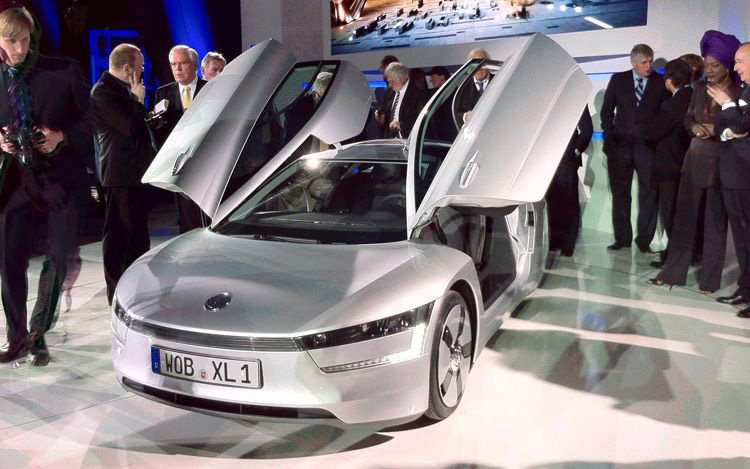 The Volkswagen XL1 Concept combines a two cylinder TDI engine,