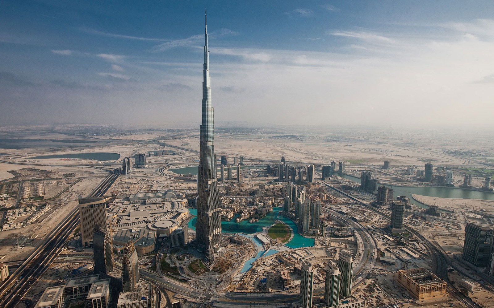 Dubai Opens Atmosphere &#8211; World&#8217;s Highest Restaurant
