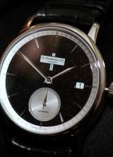 Classic and Elegant – Dunhill Black Diamond Classic Watch