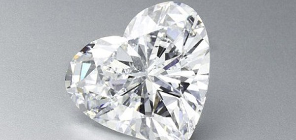 56-Carat-Heart-Shaped-Diamond-2