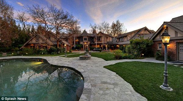 britney spears hidden hills luxury mansion
