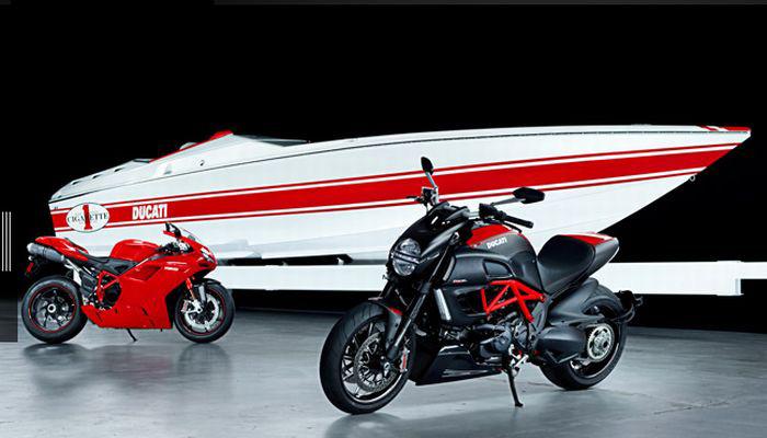 Cigarette Racing 42X Ducati Edition Powerboat