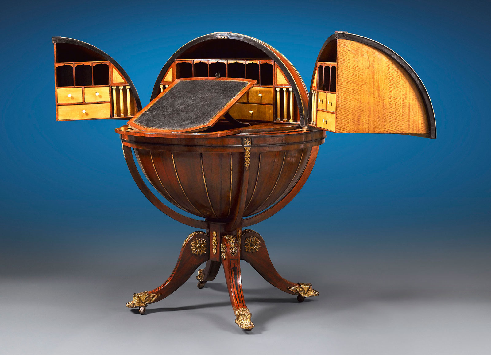 1810-English-Globe-Writing-Desk