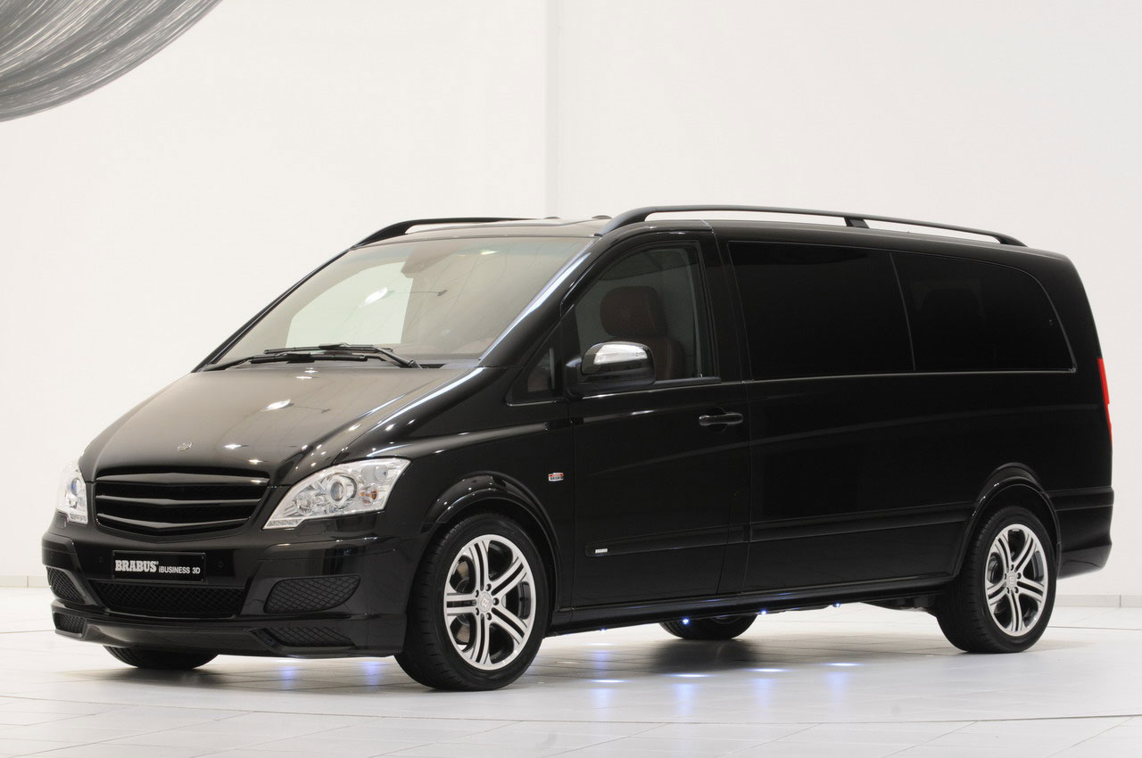 Office on the wheels brabus mercedes benz viano for Mercedes benz office