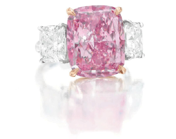 Fancy-Vivid-Purple-Pink-Cushion-Cut-Diamond-Ring,-of-10.09-carats-1
