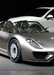 Porsche 918 Spyder Hybrid Available for Order