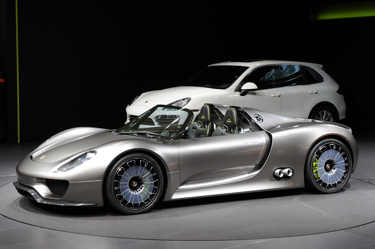 porsche 918 spyder hybrid available for order extravaganzi. Black Bedroom Furniture Sets. Home Design Ideas