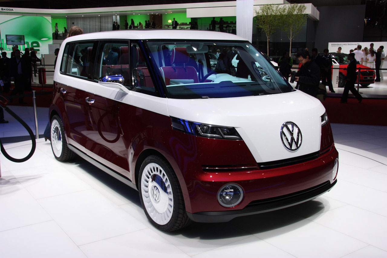 volkswagen unveils new vw bulli concept at geneva auto show extravaganzi. Black Bedroom Furniture Sets. Home Design Ideas