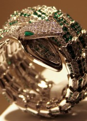 Bulgari Serpenti Watch Look Gorgeous on the Arm of Every Refined Ladies