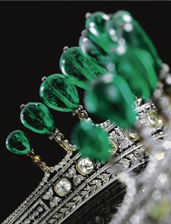 the emerald and diamond tiara was created for Princess Katharina Henckel von Donnersmarck