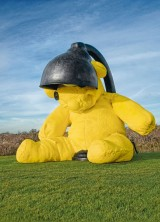 Giant Yellow Teddy Bear That Illuminates New York City To Fetch Over $9 Million