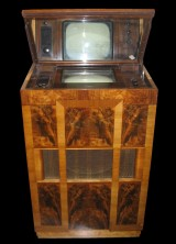 Marconi Type 702 Mirror-lid Television – The Oldest TV Set in Britain Expected to Sell for £5,000