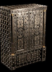 Döttling Has Unveiled The Buonaparte – 200 Year-old Restored Luxury Safe