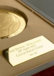 The Ultimate Royal Wedding Souvenir – Royal Wedding Alderney £1000 Gold Kilo