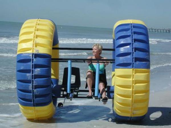 Waterpillar - Giant Human-Powered Water Toy