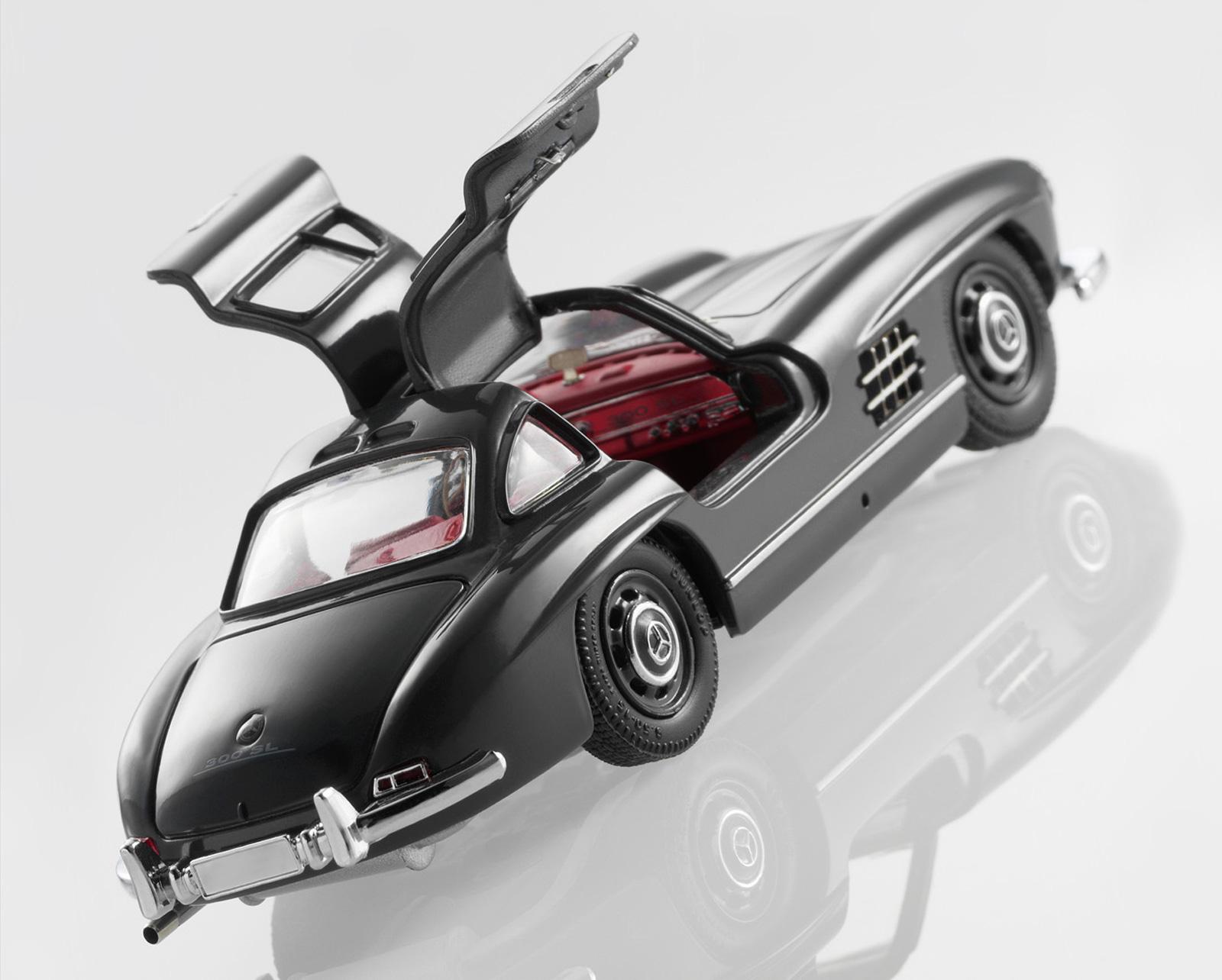1955 Mercedes-Benz 300SL, Scale Model