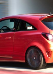 Pocket Rocket – Opel Corsa Nurburgring Edition