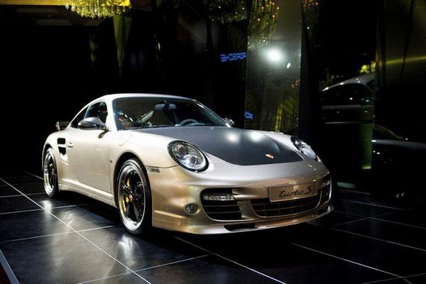 Porsche 911 Turbo S China 10 Year Anniversary Edition