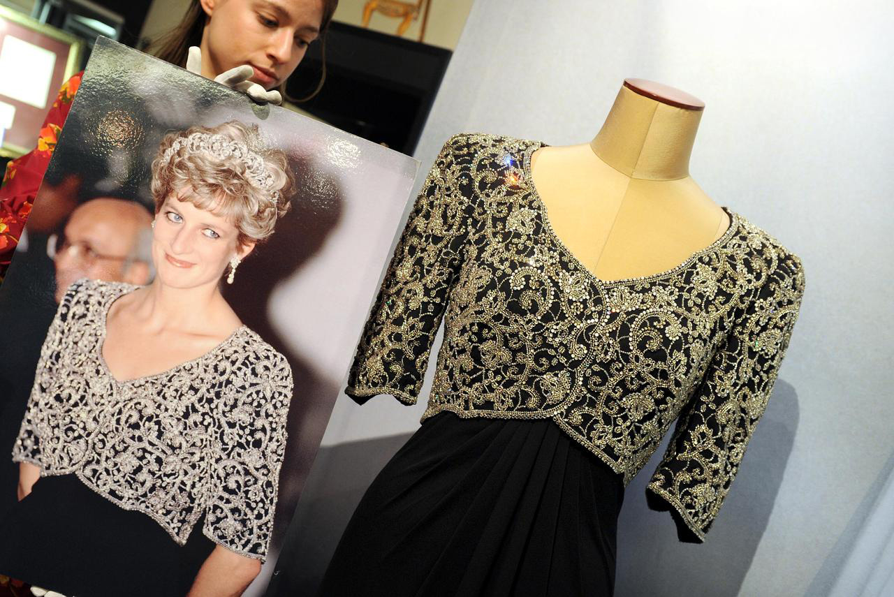 Two Princess Diana's Dresses Sold at Auction For $276,000