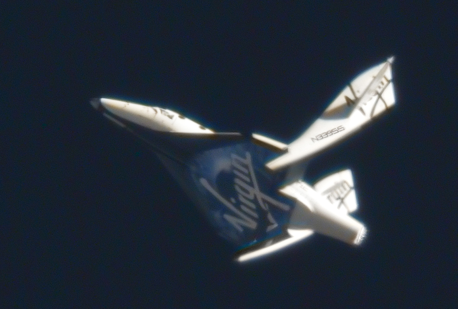 Virgin galactic 39 s spaceship two made first feathered for Passengers spaceship