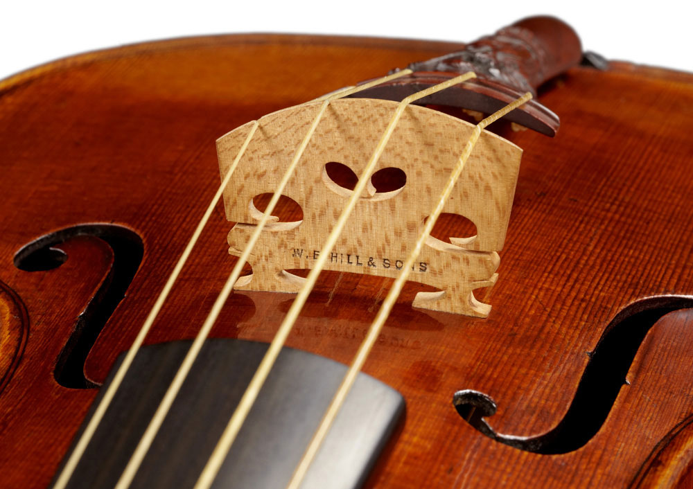 Lady-Blunt-Stradivarius-Violin-of-1721-2