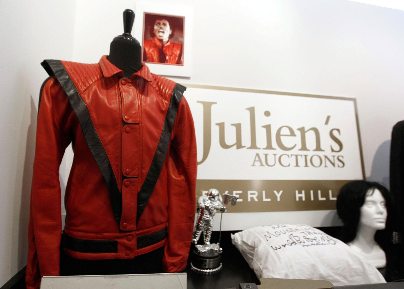 """Michael Jackson's Jacket Worn in """"Thriller"""" Video"""