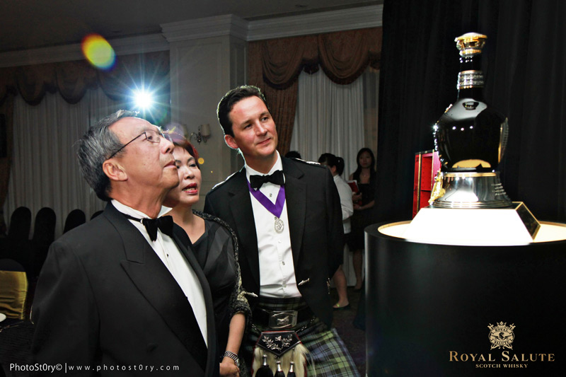 Royal Salute Tribute to Honour Whisky