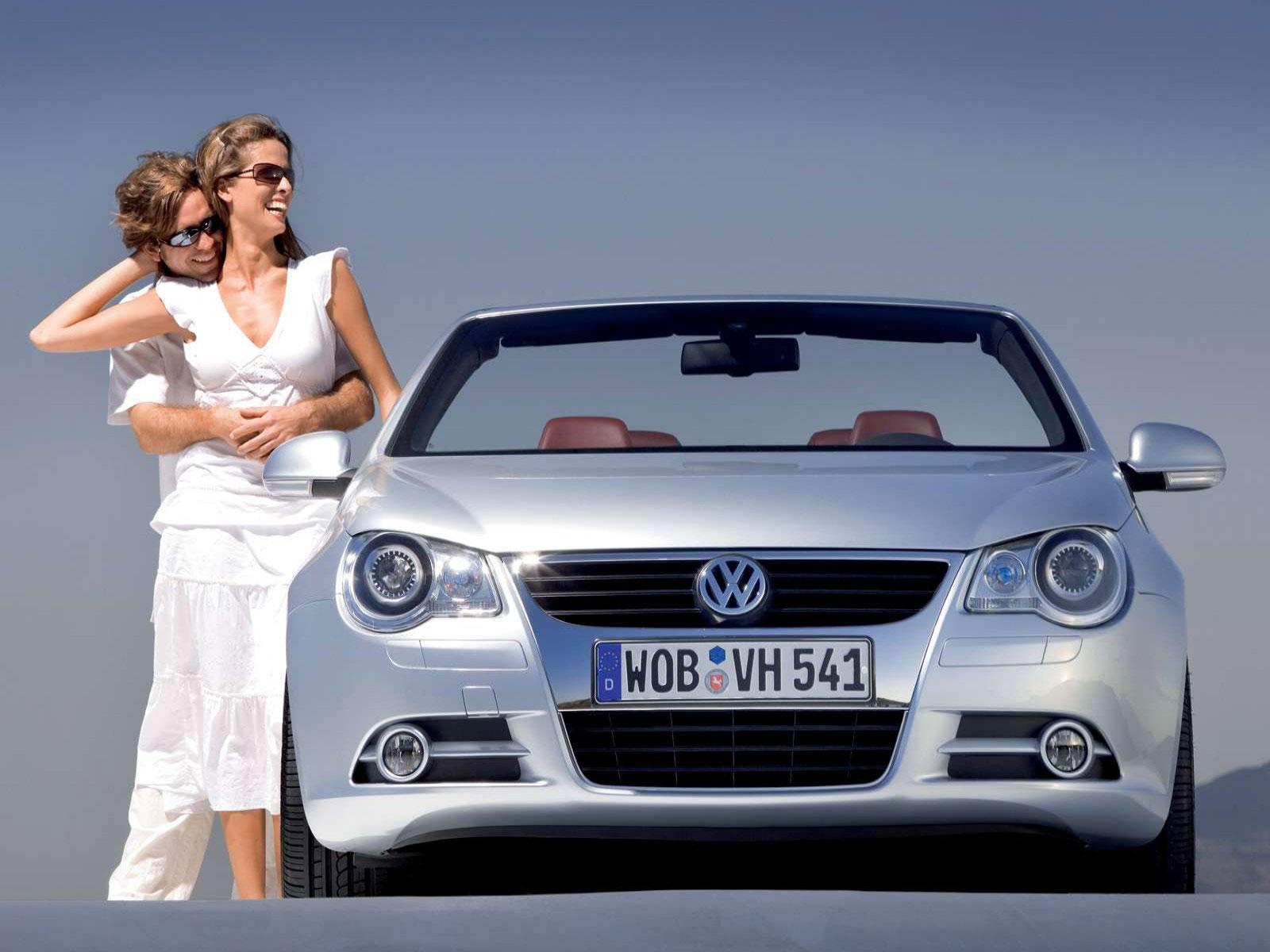 Volkswagen EOS - MSRP: $33995-