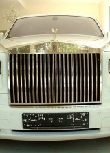 $8.2 Million Rolls-Royce Phantom Solid Gold Car