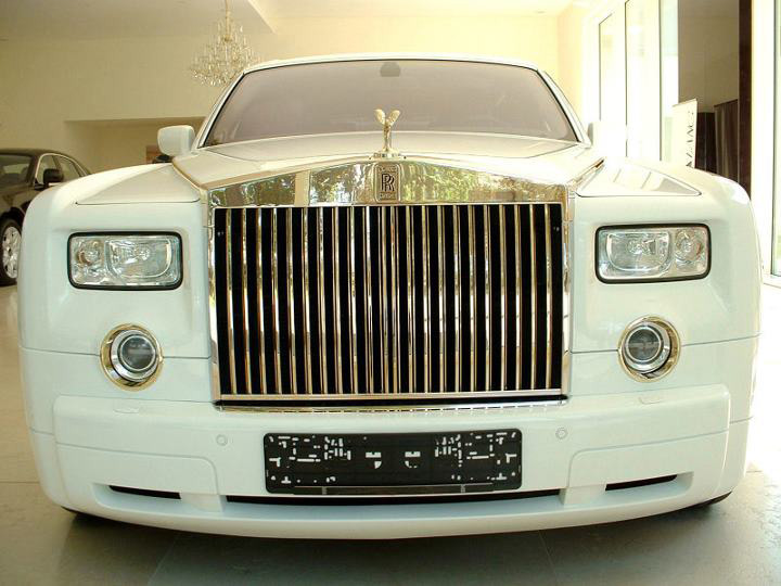 $8.2 Million Phantom Solid Gold Rolls-Royce by Stuart Hughes and Eurocash AG