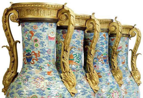 Casino Mogul Steve Wynn Buys $12.8 Million Chinese Vases