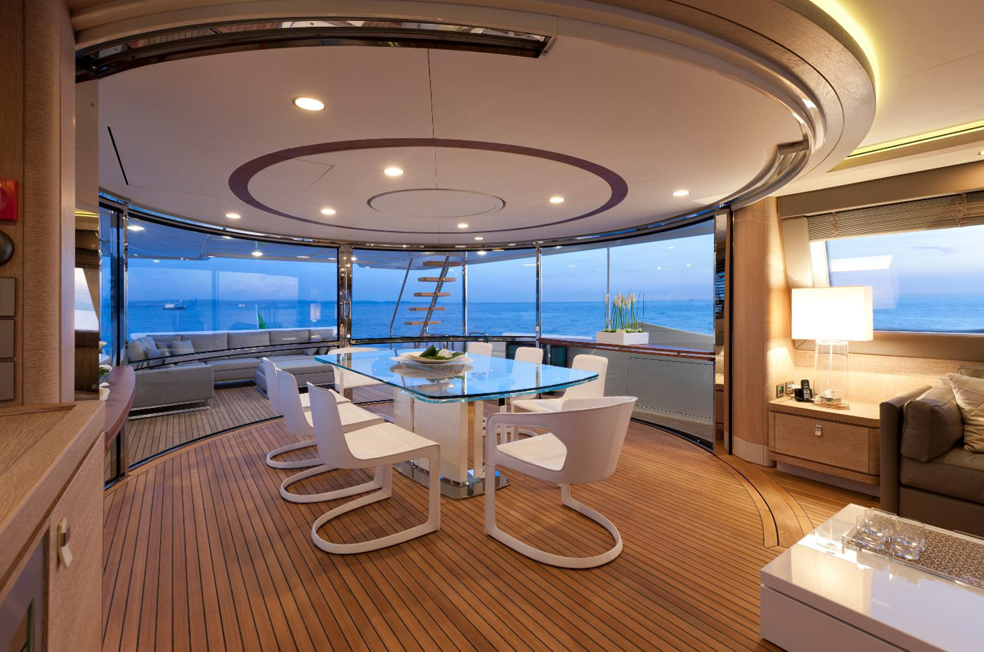 Ferretti Custom Line 100′ Yacht Offers a More Sporty Design ...