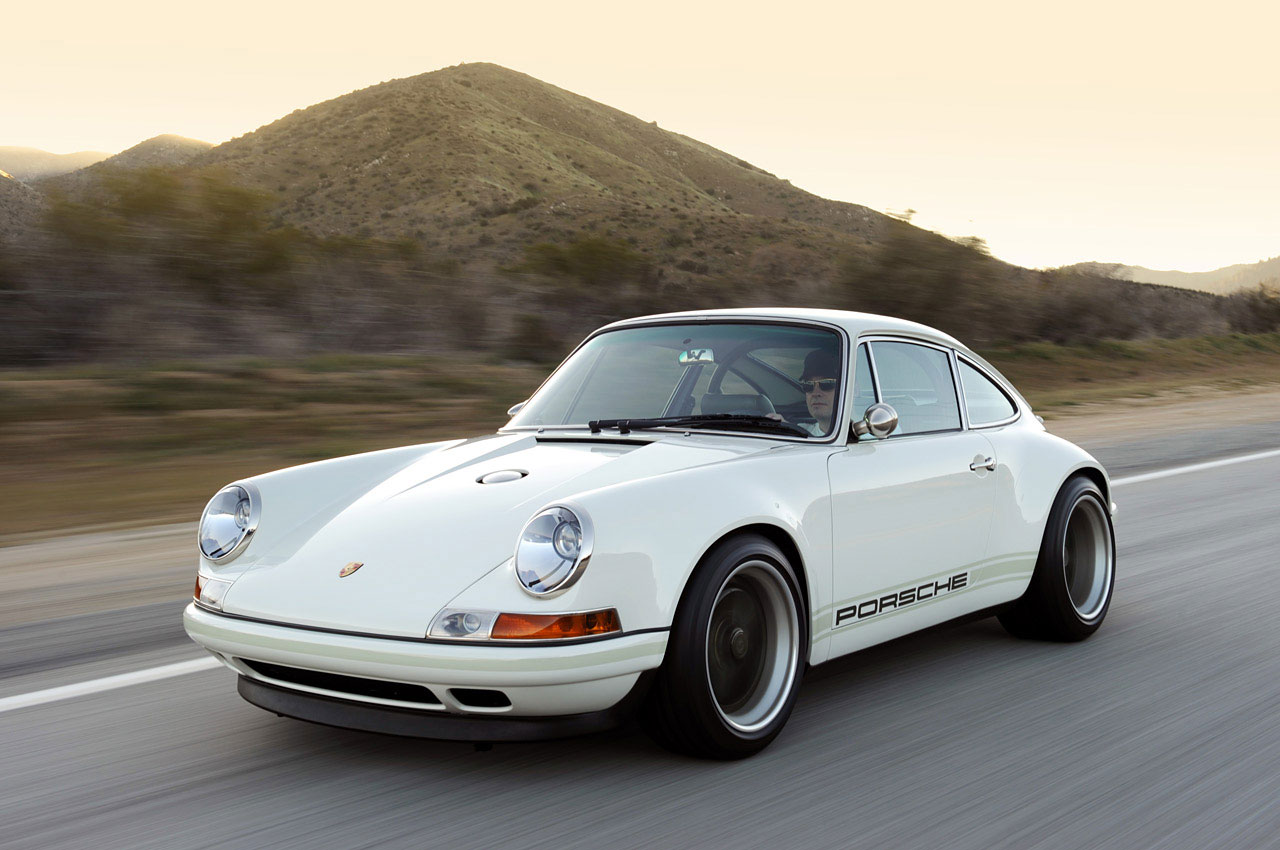 Singer Cosworth Custom Porsche 911 Extravaganzi