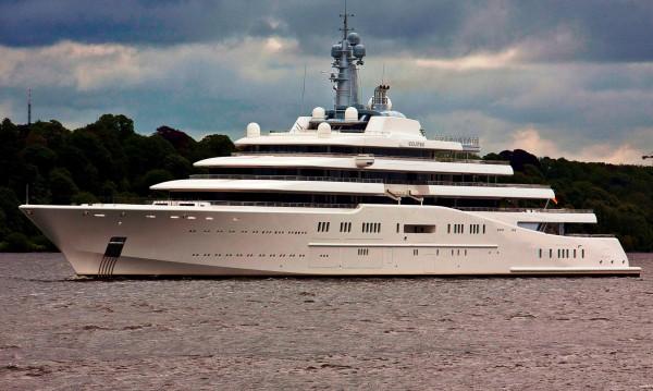 Roman Abramovich's Eclipse Yacht - extravaganzi.com