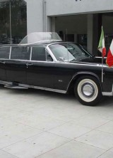 Bonhams to Sell 1964 Lincoln Continental Popemobile